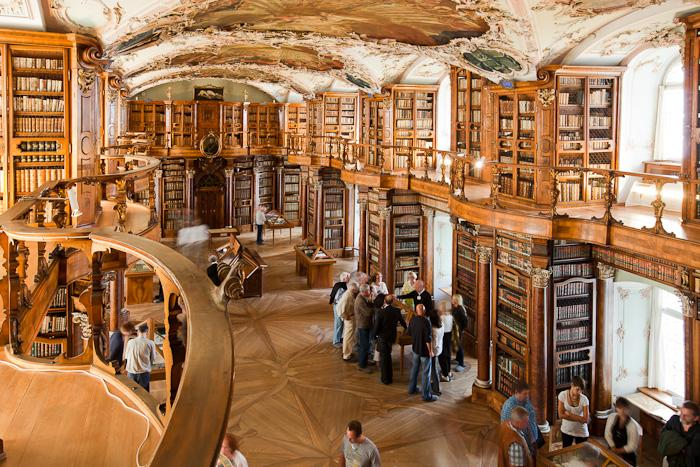 Beautiful Libraries Of The World We The Infected
