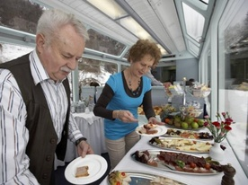 attivit culinaria brunch sul treno Goms