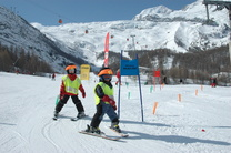 Skischule Kinder Saas-Fee