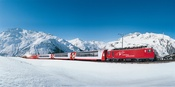 Glacier Express am Oberalppass