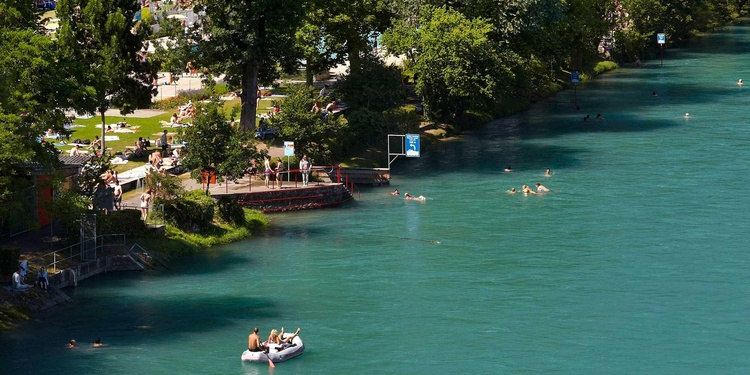 Do not forget to pack your swimwear when you come to visit Bern in the summer!