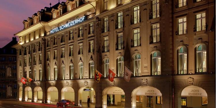 Das Hotel Schweizerhof Bern ist mit seiner 150-jährigen, glamourösen Geschichte das traditionsreichste Hotel der Stadt.