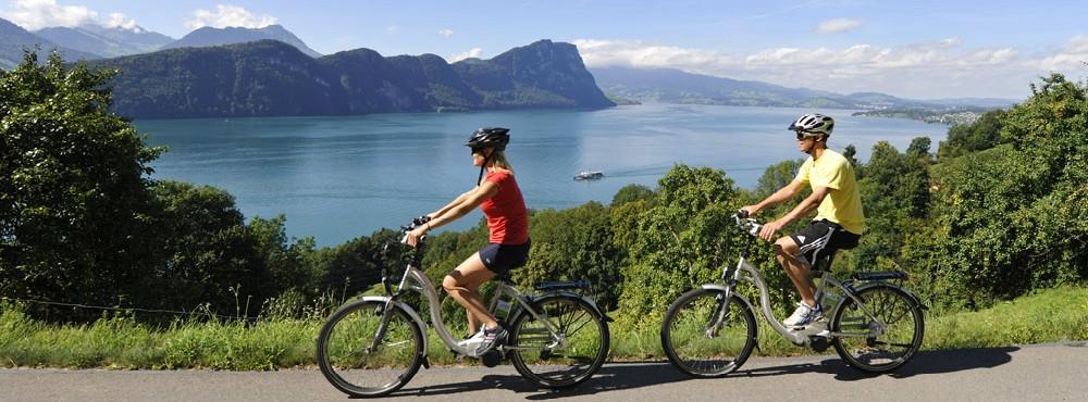 Fahrradfahrer in Vitznau