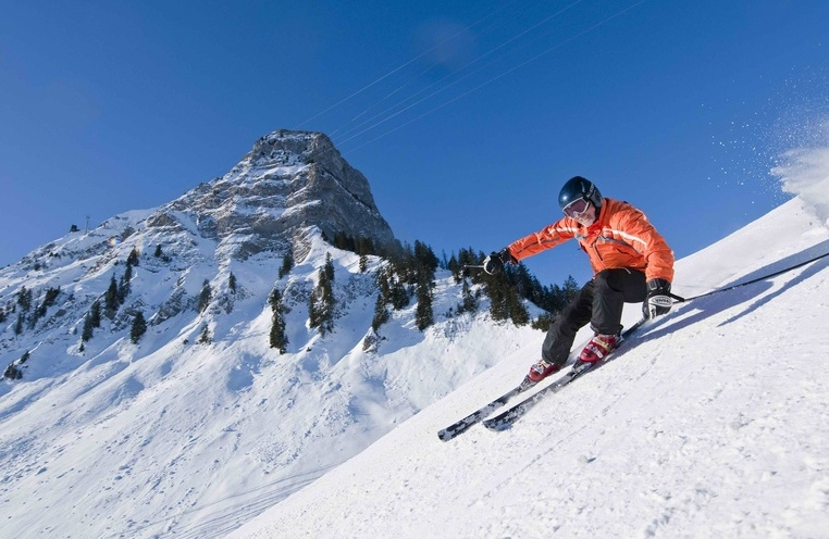 Skiing in Moléson