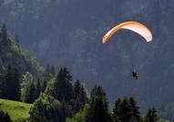 Paragliding, delta-plane
