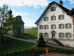 Etzelpass mit Kapelle und Gasthaus