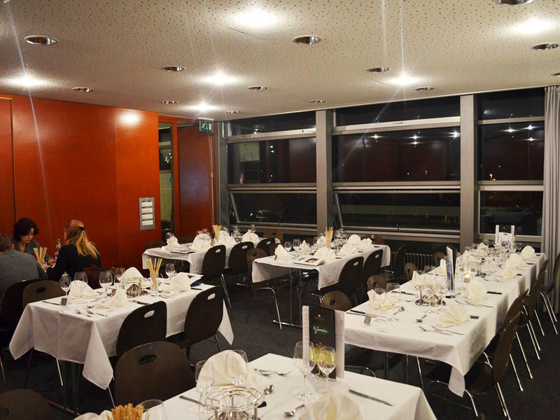 Restaurants le vully murtensee region schweiz for Le jardin muntelier