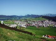Dorf Einsiedeln vom Katzenstrick aus 2011, Foto Einsiedeln Tourismus