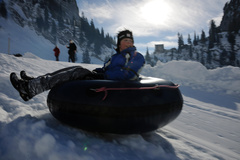 Snowtubing Stockhorn