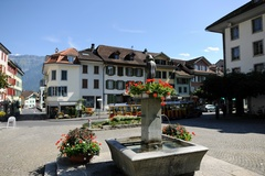 Unterseen - Dorfbrunnen