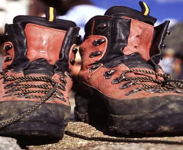 Auch den Schuhen muss man eine Pause gönnen © Peter Tresch