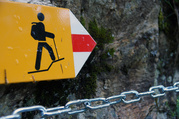 Bergwanderweg © 2014 Schweizer Wanderwege & bfu/bpa