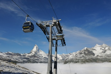 8-seater aerial cable car of the Zermatt Bergbahnen AG
