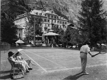 Tennisplatz Monte Rosa Zermatterhof 30er Jahre