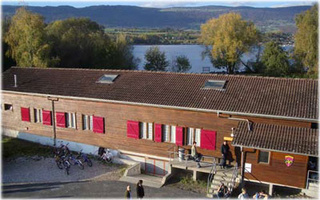 La Roselière holiday cabin for group accommodation, Yverdon-les-Bains