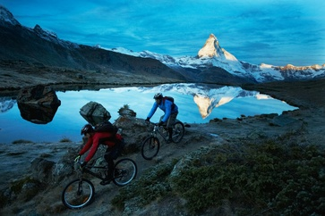 Zermatt has magnificent single trails that offer considerable flow. This includes the breath-taking panorama with a view of the Matterhorn Photo: ©Bikeschule Zermatt