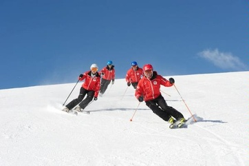 Lcole Matterhorn Ski & Snowboard School Zermatt a rafl la mise en Bulgarie: premire et troisime places en slalom gant
