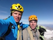 Patrik Aufdenblatten (right) and Michi Lerjen completed the Bonatti route on the north face of the Matterhorn in 7 hrs 14 min. (Pictures: Urs Lerjen)