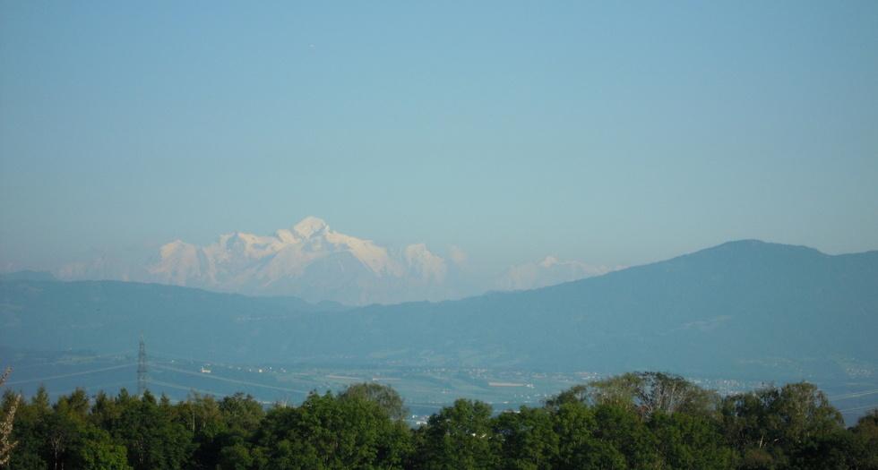 Vue sur Mont-Blanc