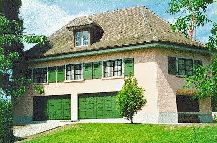 la villa rose nyon r gion tourisme suisse. Black Bedroom Furniture Sets. Home Design Ideas