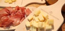 Käse und Speck