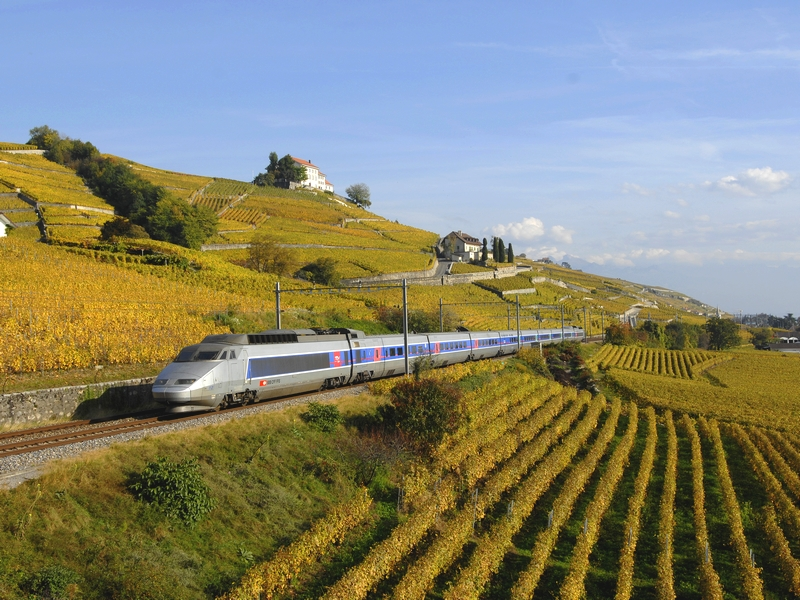Lake Geneva Region Tourist Office (Switzerland) - By train