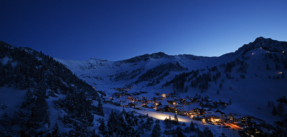 Malbun by night