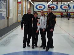C Zug gewinnt das TOI-Curlingturnier