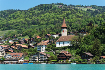 Hilterfingen-Hünibach, Oberhofen