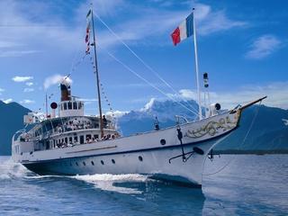 Il battello della Compagnie Générale de Navigation sul Lago di Ginevra  © CGN