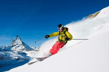 Freeriding on the Rothorn  with views of the Matterhorn.  Fredrik Schenholm