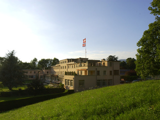  St-George's School