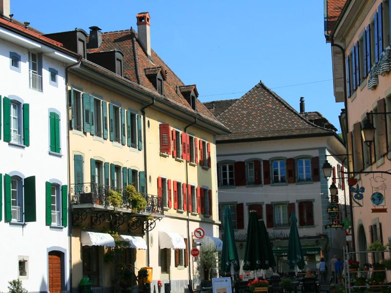 Lutry Switzerland  city images : ... Riviera – pure inspiration Das mittelalterliche Städtchen Lutry